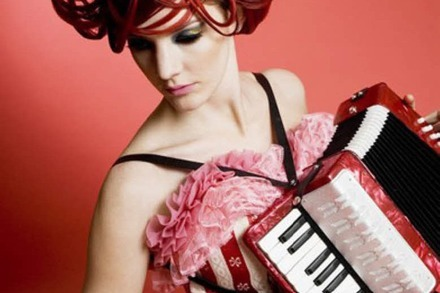 ZMF-Last-Minute-Verlosung: Gabby Young & Other Animals