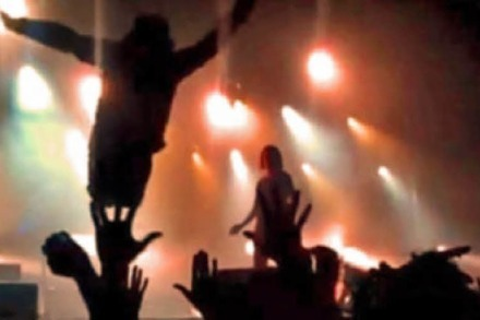 Video: Die besten Stagediving-Fails