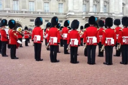 "Wenn die Queen's Guard die ""Game of Thrones""-Titelmusik spielt"