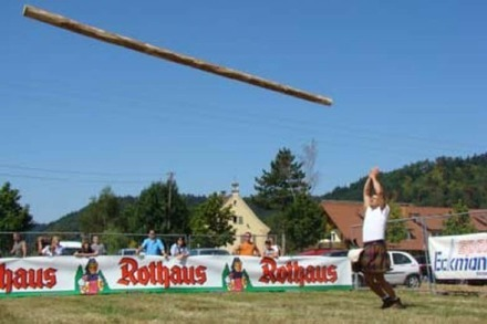 Sonntag: Highland-Games in Stegen