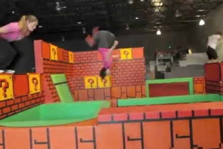 Video: Parkour Indoor-Spielplatz