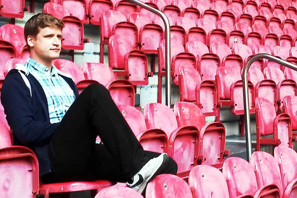 "Pavel Brunßen ist Chefredakteur des alternativen Fußballmagazins ""Transparent"". (Foto: Privat)"