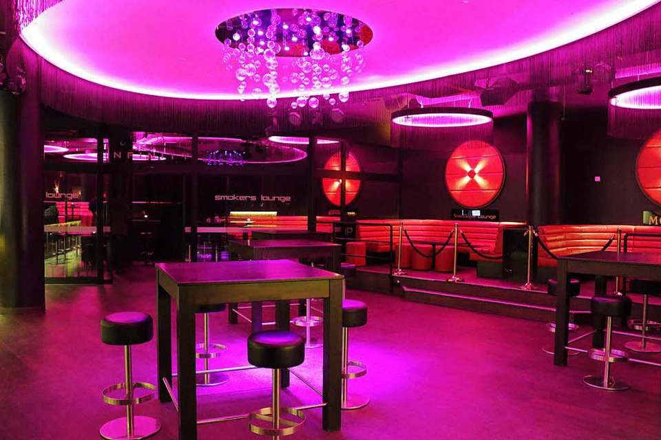 im ehemaligen qu club hat die infinity shisha bar er ffnet freiburg. Black Bedroom Furniture Sets. Home Design Ideas