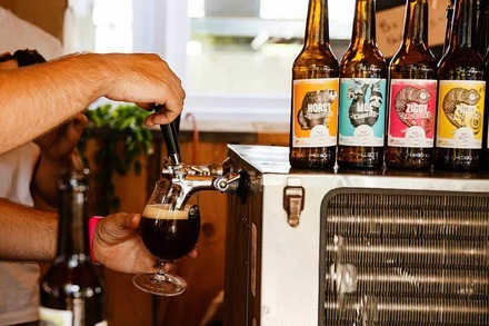 Craft-Beer-Festival mit Foodtrucks in der Decker Garage
