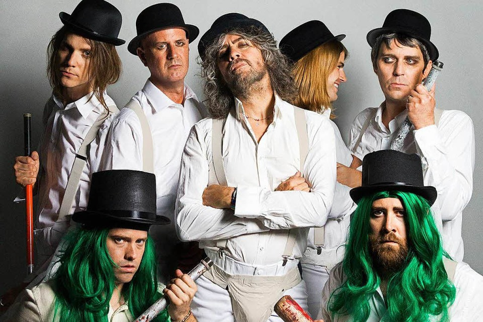"Ganz im Stil des Kultfilms ""Uhrwerk Orange"": Die Rockband The Flaming Lips aus den USA. (Foto: Promo)"