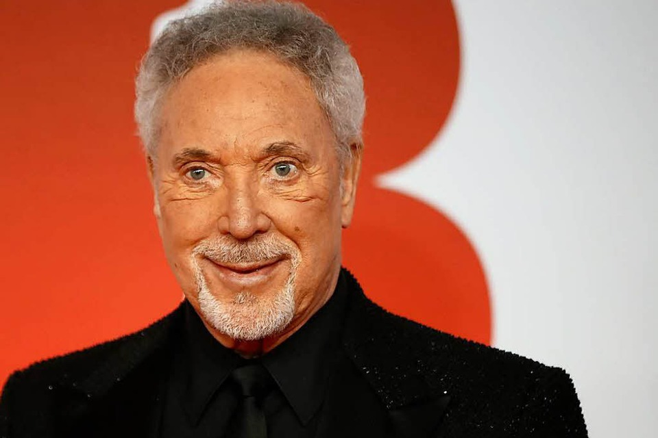 Tom Jones singt am 1. August im Zirkuszelt (Foto: TOLGA AKMEN)