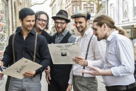 Famous Black Raincoat: Acoustic Art Pop aus Freiburg