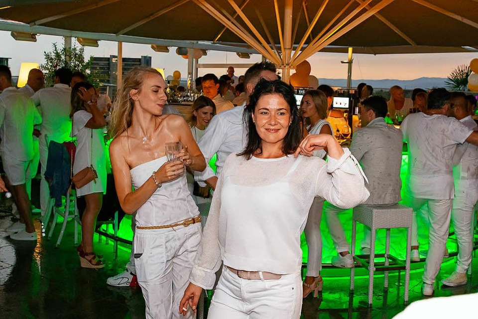 Alles in Weiß bei der White Party im Skajo (Foto: Stefan Pranjic Photography)
